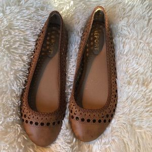 Report Madella Brown leather flats Size 8